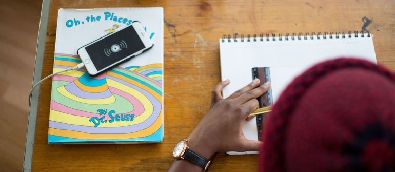 5 טיפים לעיצוב פינת עבודה משפרת ביצועים